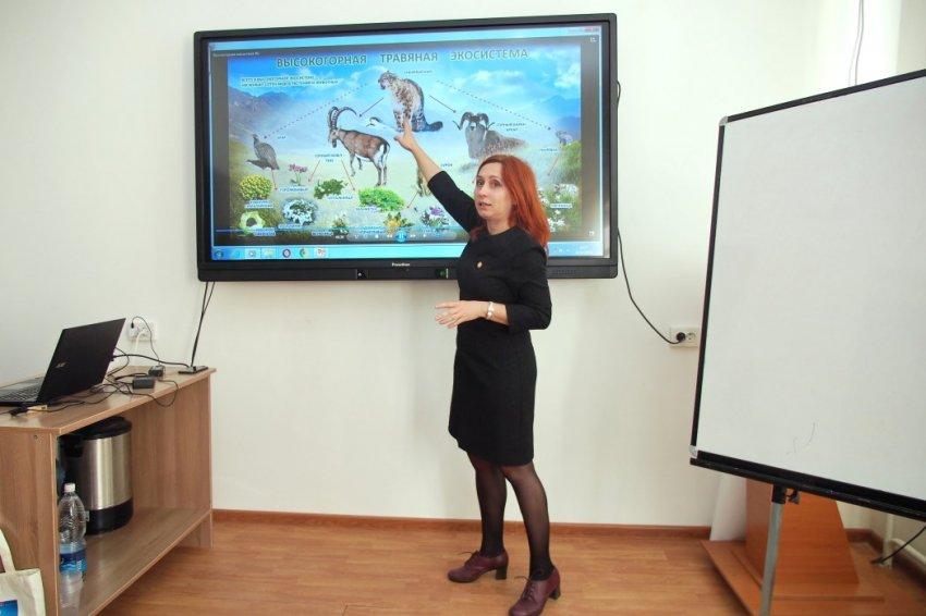 Анна Кириленко: Экология – комплексная штука. Когда говорим о той или иной проблеме, должны помнить - она всегда связана со всеми остальными.