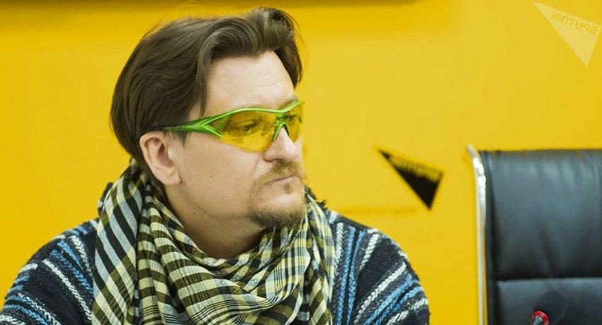 Владислав Ушаков:  Человек уничтожает кормовую базу барсов, те спускаются с гор