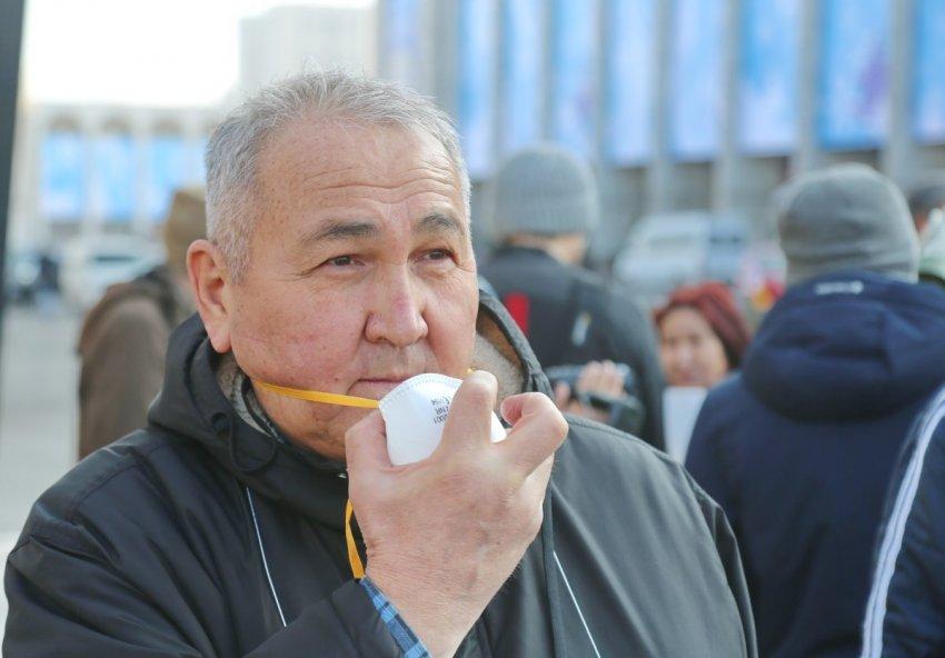В Бишкеке прошел экологический флешмоб #БишкекСмог #Мызадыхаемся!