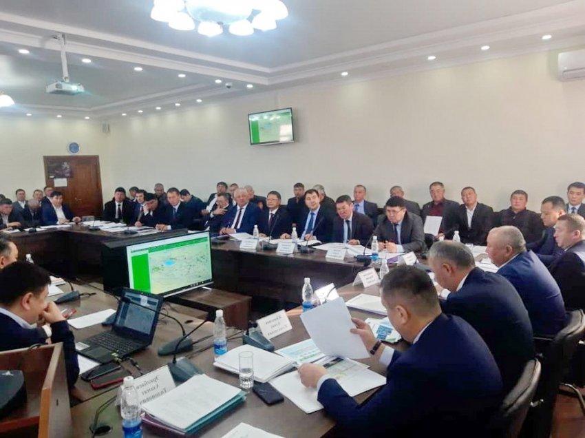Первый вице-премьер-министр Кубатбек Боронов раскритиковал работу ГАООСЛХ